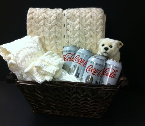 Coca-Cola Holiday Prize Pack‏ Giveaway arctic home