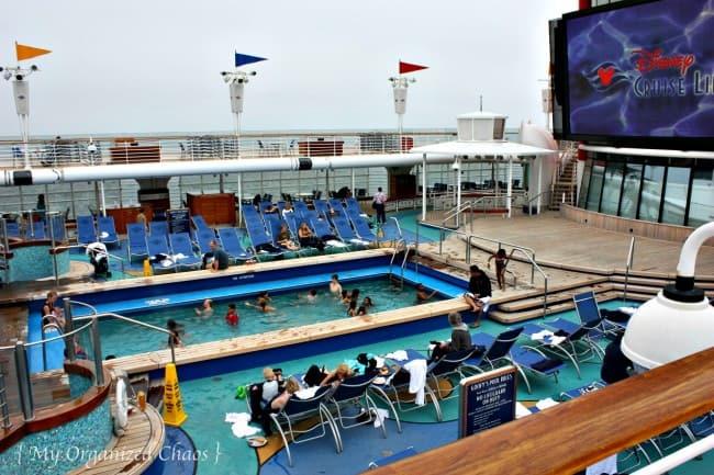 disney-wonder-pools