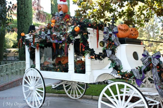halloween disneyland haunted mansion