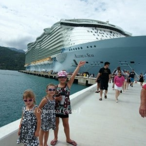 4 Tips for Cruising with a Large Family