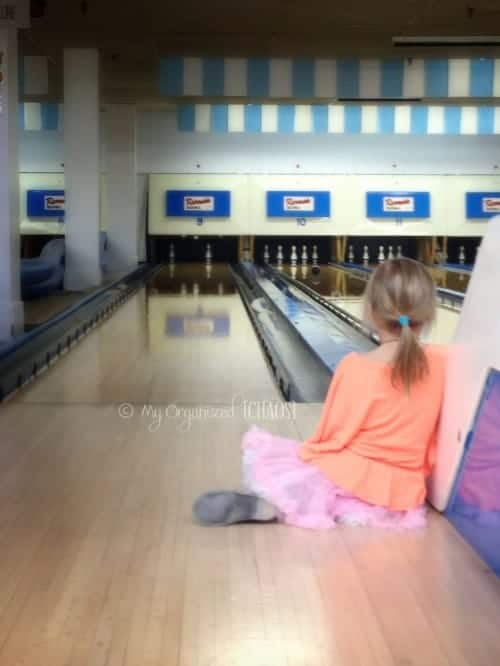 twins-bowling