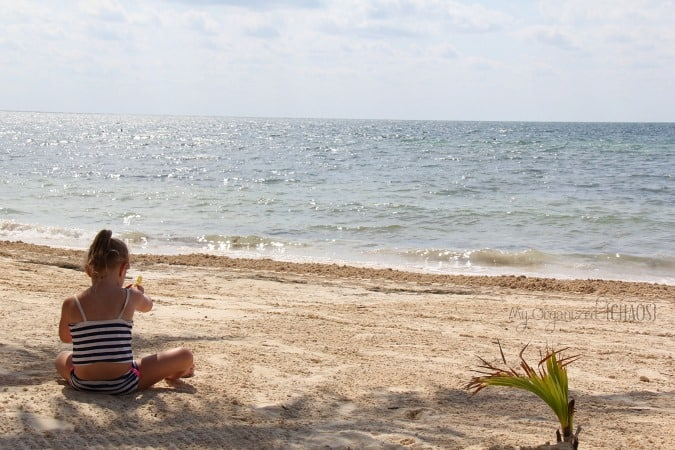 azul sensatori beach family travel blogger photo