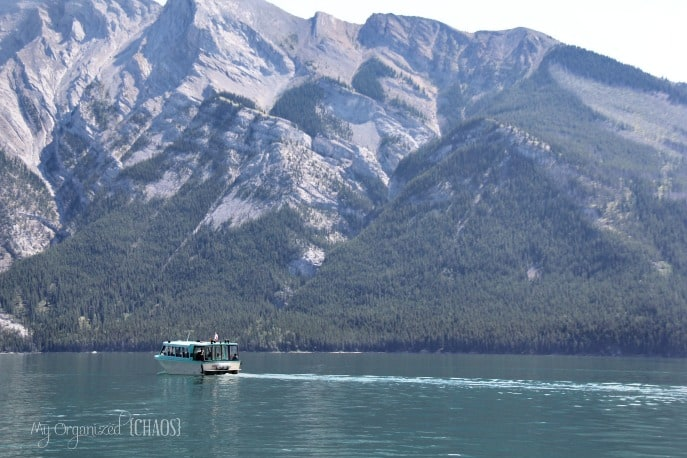 boat-cruise-lake-minnewanka-travel-myorganizedchaos