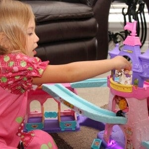 It's a Winner: Little People Disney Princess Klip Klop Stable