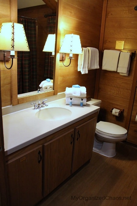 disney world wilderness cabins bathrooms