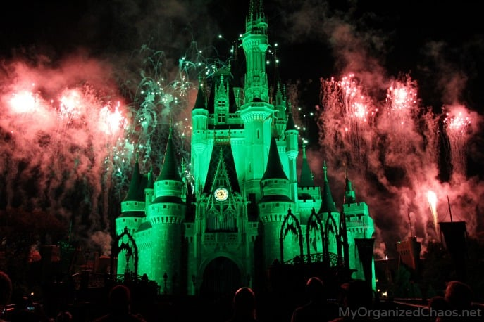 halloween party fireworks disney world castle