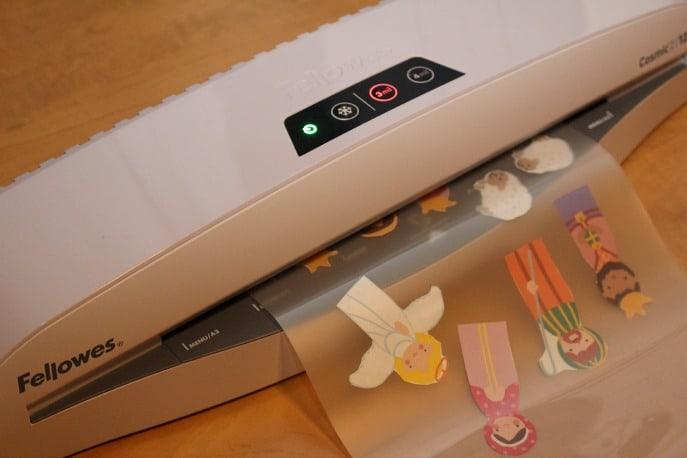 laminated-paper-dolls