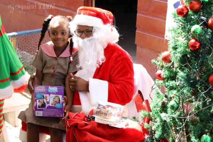 christmas-party-Mount-Airy-School-children-jamaica-sandals-foundation-beachesmoms