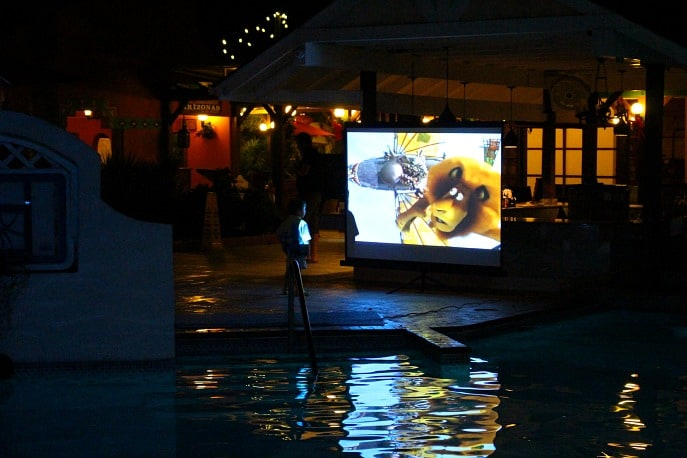 dive-in-movie-beaches-negril-kids-travel-family