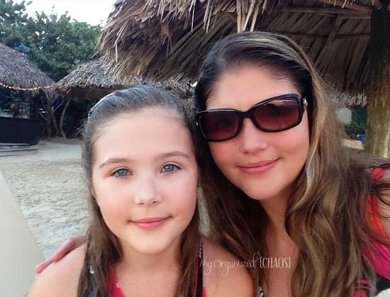 mom-daughter-beaches-negril-family-travel-beachesmoms