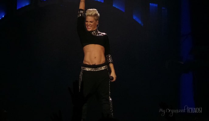 pink-truth-about-love-tour-edmonton