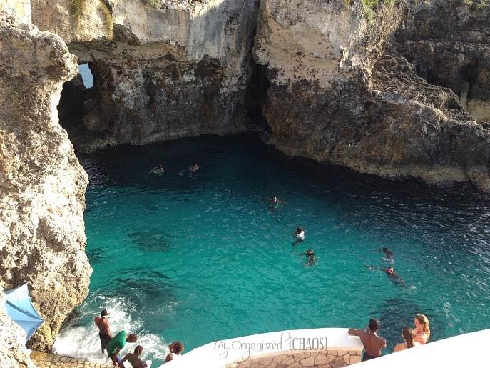 Ricks-Cafe-cliff-diving-Jamaica