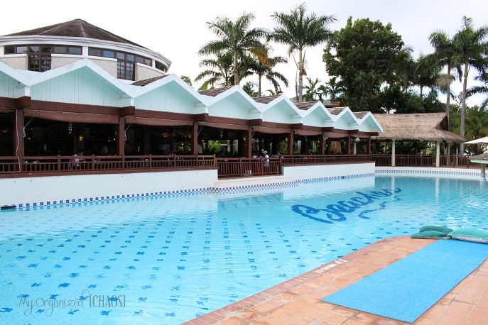 the-mill-dining-food-beaches-negril