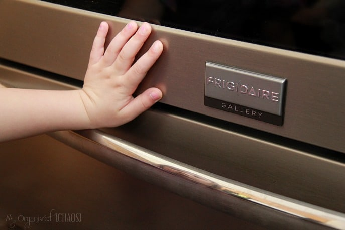 Frigidaire-Smudge-Proof-Technology