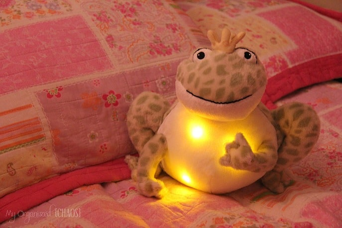 Cloud-b-Twinkling-Firefly-Frog-review