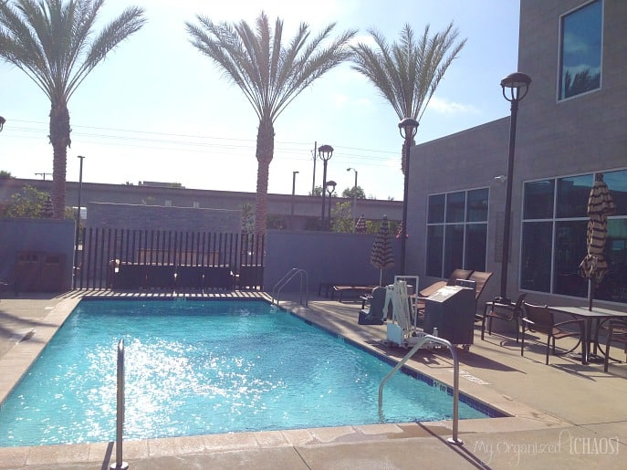 Hyatt-Place-Los-Angeles-El-Segundo-outdoor-pool