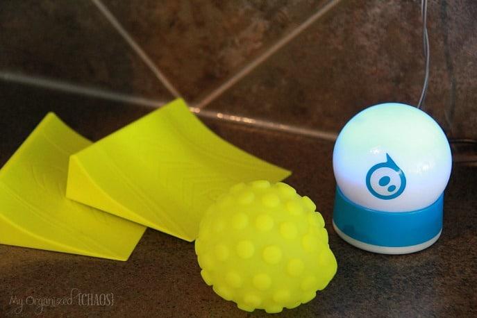 Sphero-2.0-Tech-Gadget-review-giveaway