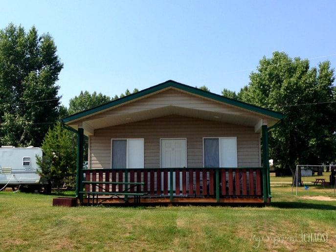 Pine-Lake-Leisure-Club-Cabins-Parkbridge