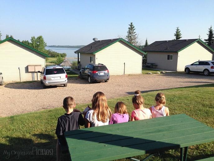 Pine-Lake-Leisure-Club-Parkbridge-rental-cabin-alberta