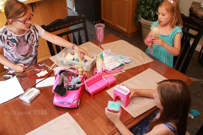 entrepreneur-barbie-play