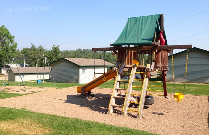 pine-lake-leisure-club-playgrounds