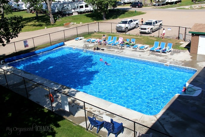 pine-lake-leisure-club-pool-parkbridge-alberta