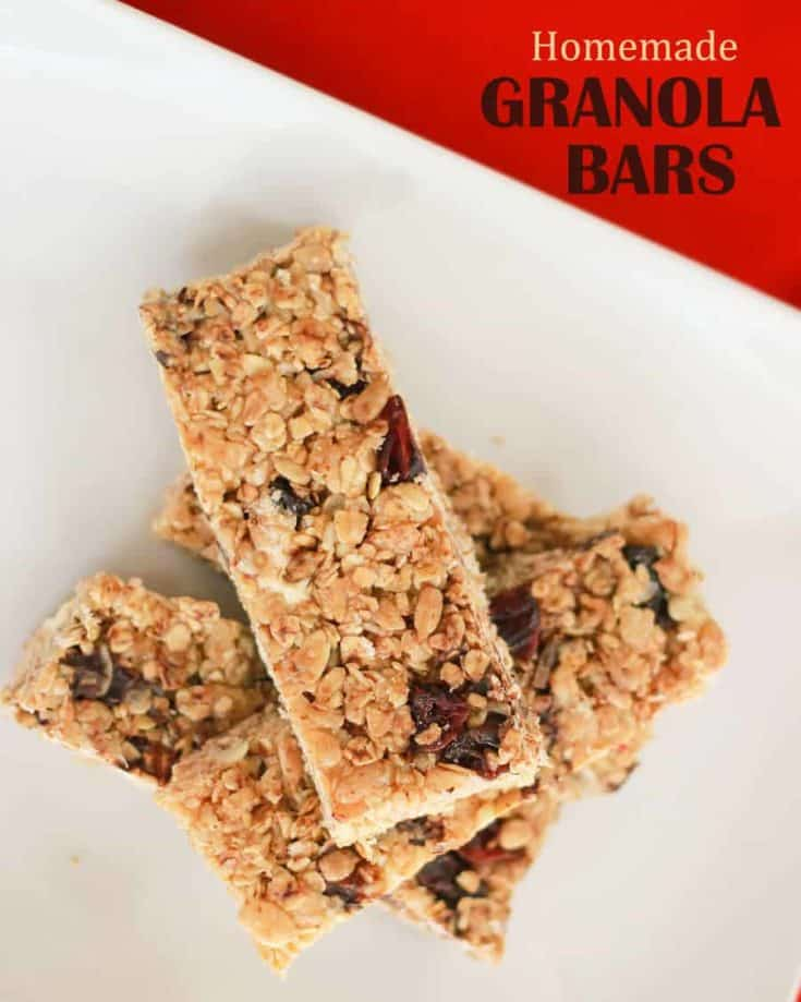 Homemade Granola Bars for Back to School. Easy, simple and versatile recipe that freezes well and can be made in batches and used later