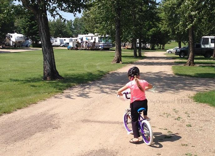 learning-to-ride-bike-barbieproject