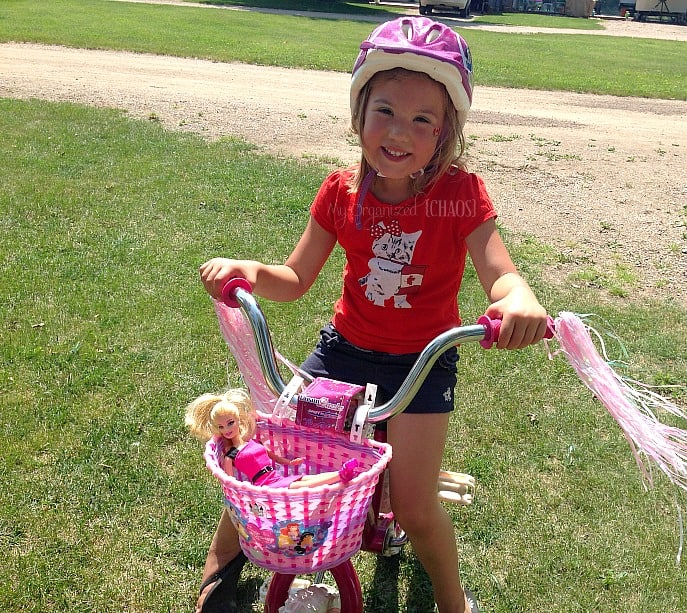twins-learning-to-ride-bikes-barbieproject