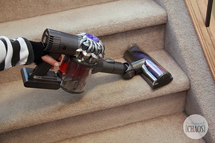 Dyson Digital Slim DC72 Animal cordless handheld review stairs