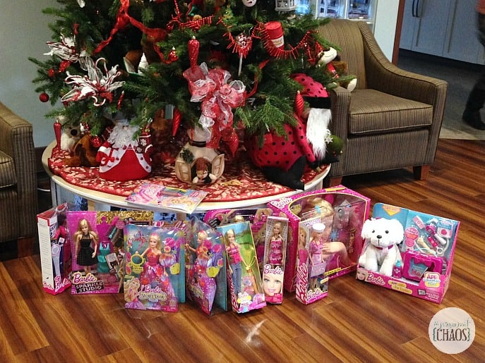 Giving Back with Barbie holidays #BarbieProject