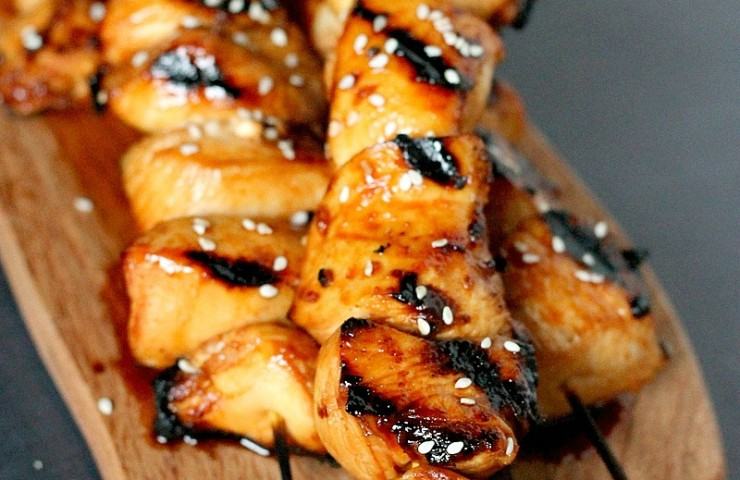 Honey Sriracha Grilled Chicken Skewers