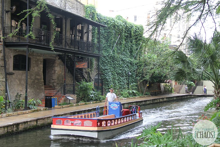 San Antonio texas River Walk canadian mom blogger
