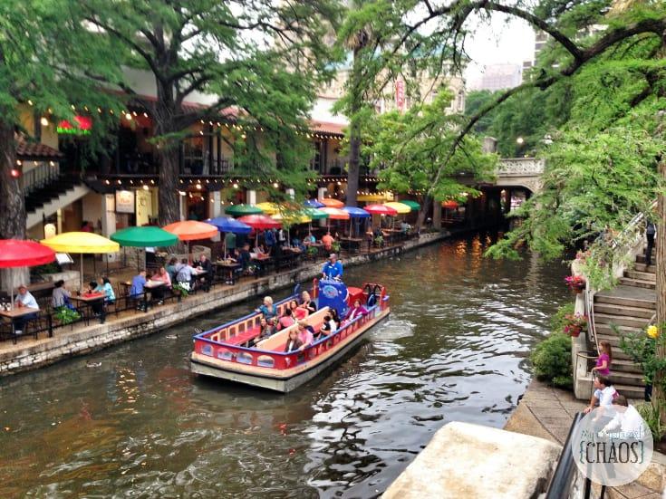 canadian travel blogger San Antonio River Walk