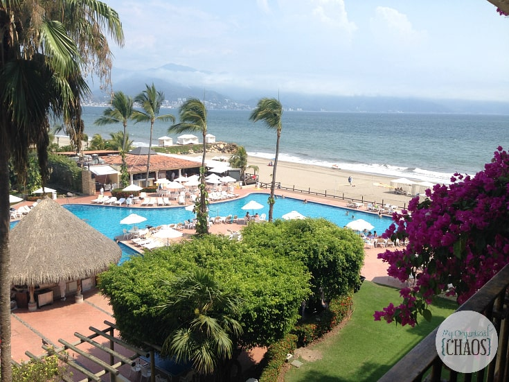velas vallarta review twitter party