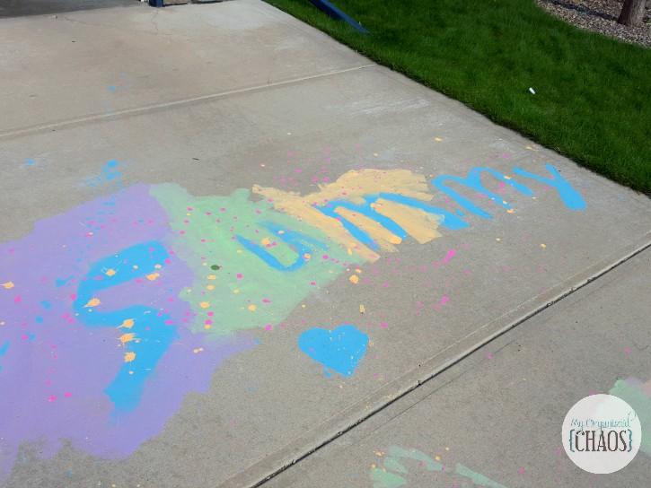 crayola paints chalks