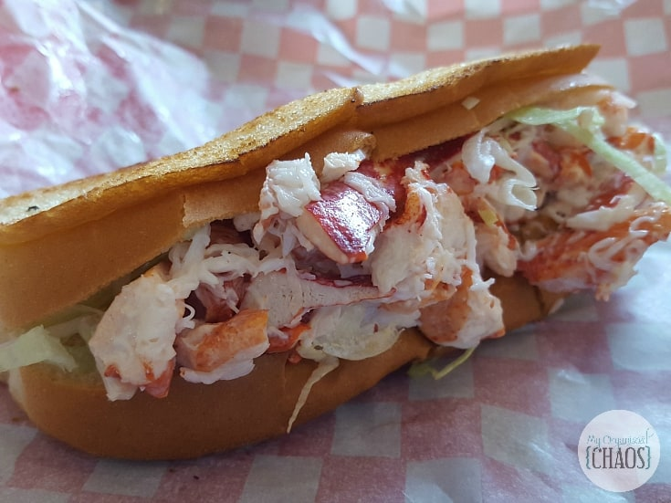 lobster roll st andrews new brunswick travel canada food