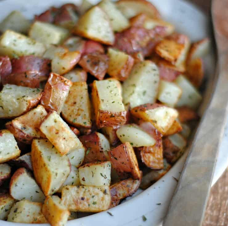Oven Roasted Red Potatoes is a classic recipe and a favourite in your rotation, and a regular on your dinner table. For the everyday to the holiday, this is a 'sure thing' when it comes to a potato side dish.