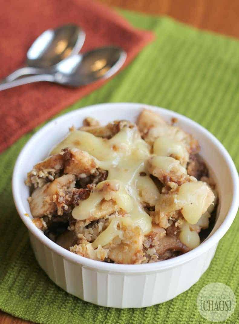 slow cooker apple crisp vanilla sauce