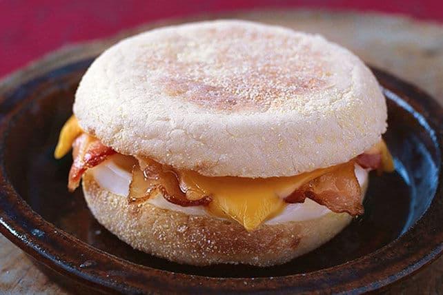 quicker-than-fast-food-egg-sandwich