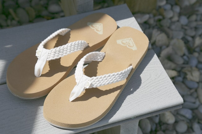 the shoe company mother daughter sandals roxy