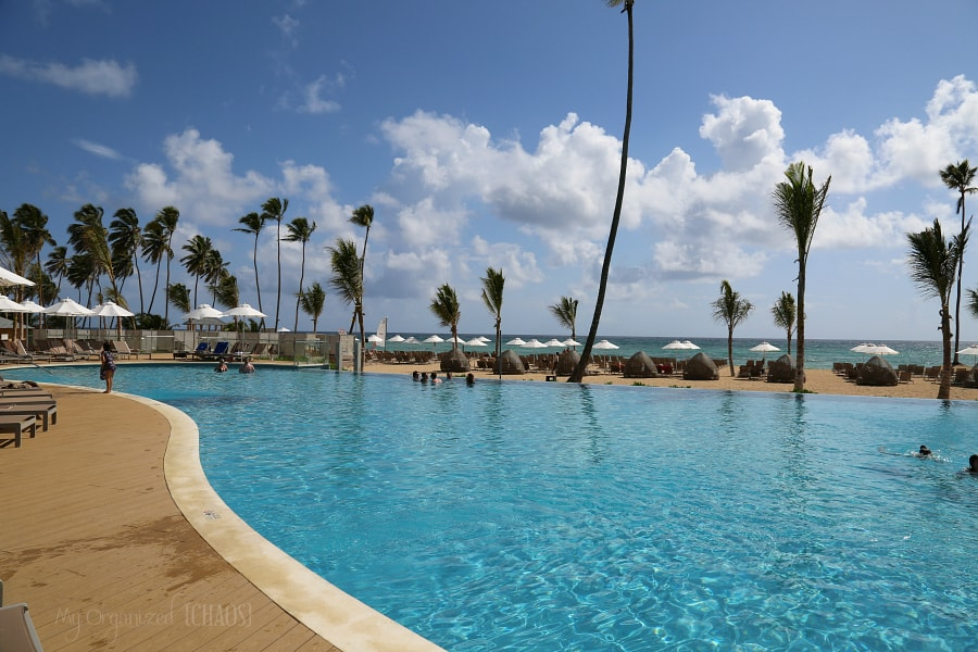 Nickelodeon Hotels & Resorts Punta Cana pool beach