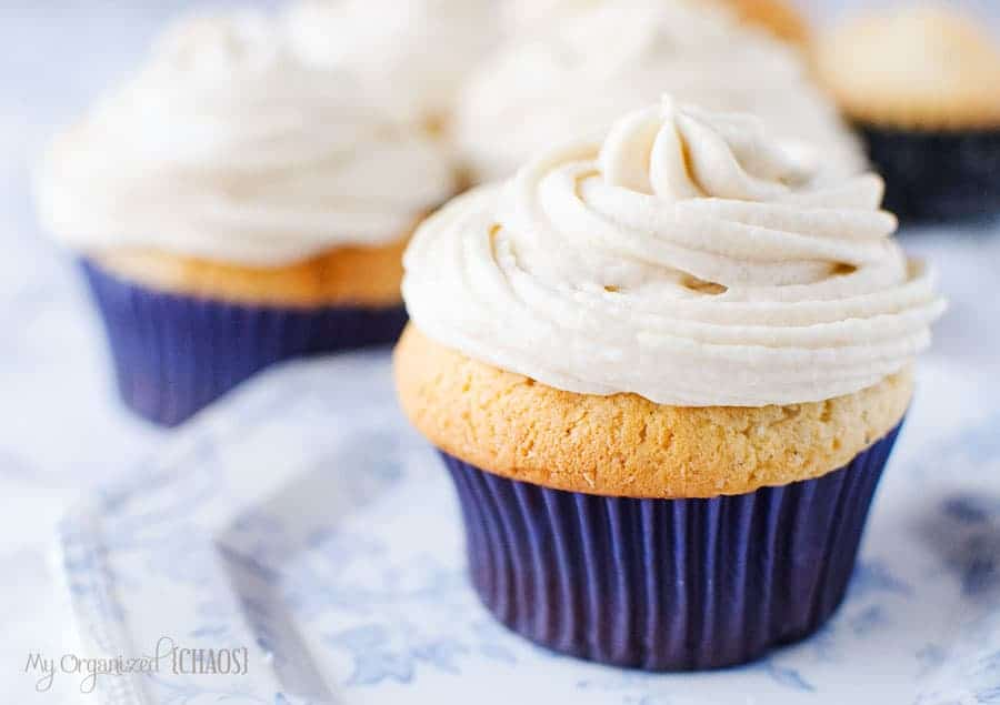 easy to make Eggnog Cupcakes with Eggnog Frosting recipe