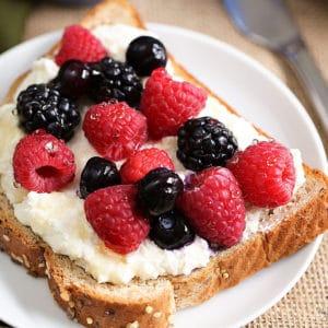 Sunrise Power Berry Pulse Toast