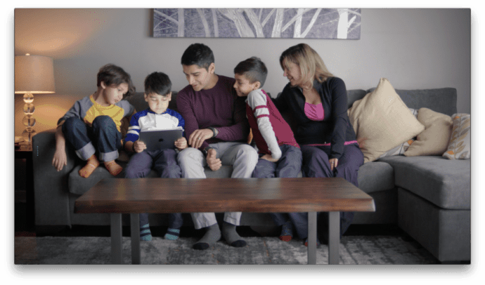 Project Smart Furniture Leon's - Social experiment to track family time spent together