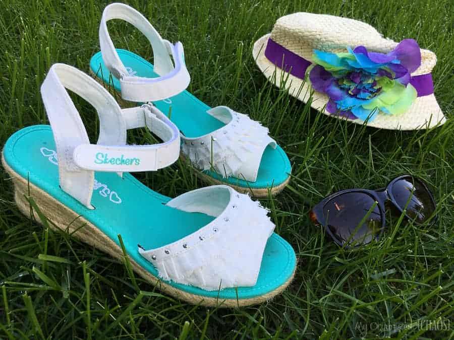 Skechers Tikis - Ruffle Ups Sandals
