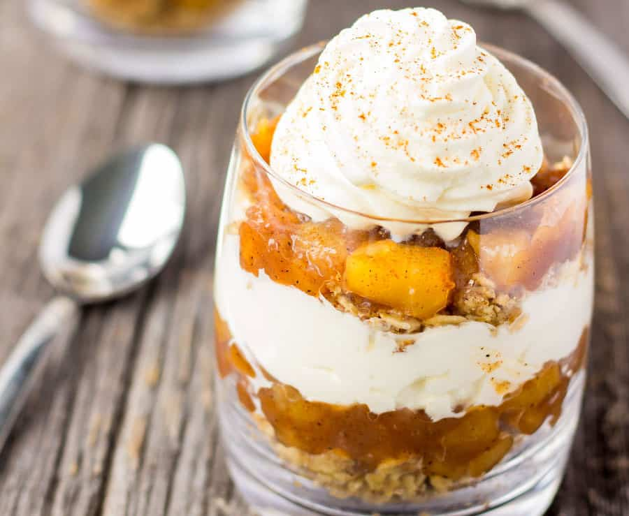 Easy No-Bake Apple Pie Parfaits in a cup