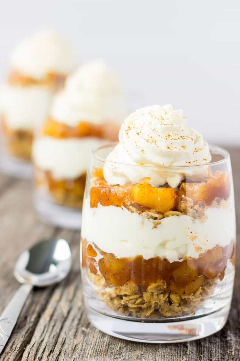 no-bake apple pie parfaits recipe