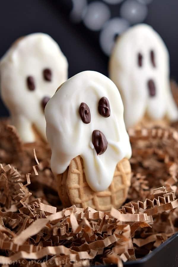 20 Halloween Ghost Treats