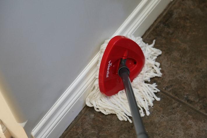 Vileda EasyWring for an Easy Effective Clean